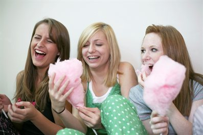 Teenage-girls-laughing