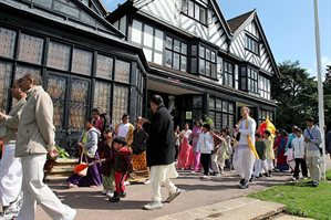 people outside Bhaktivedanta Manor in Letchmore Heath