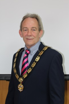 CllrPeteRutledge-Mayor2016-17